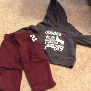 The Children's Place JV Wolves Hoodie & Pants